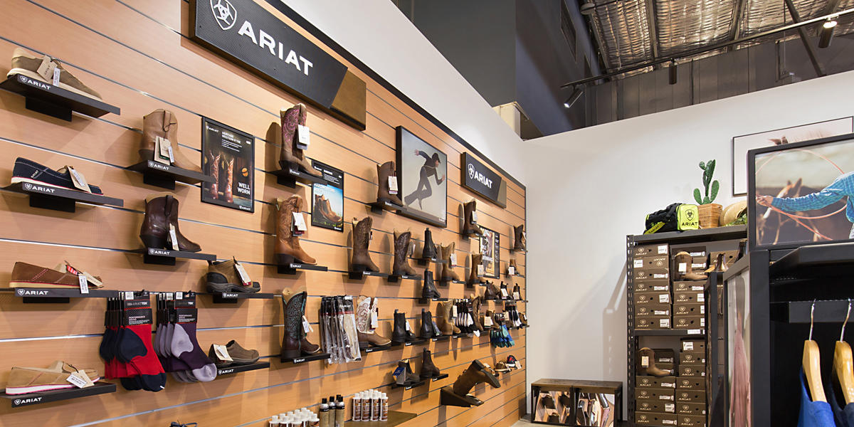 shelving in ariat shop fitout
